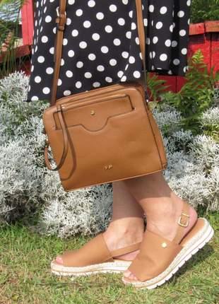Kit sandalia vizzano flatform + bolsa transversal com bolsinha caramelo