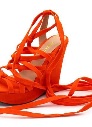 Sandália anabela gladiadora de no em camurça laranja