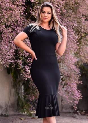 Vestido tubinho preto justo manga curta
