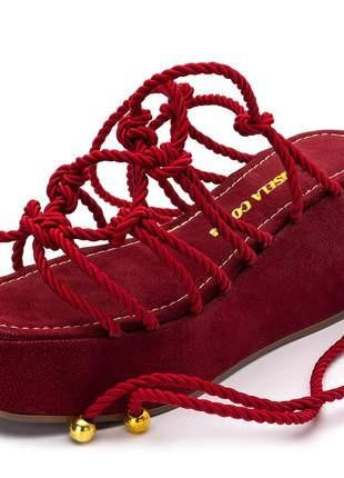 Sandália salto baixo corda vermelha amarrar na perna