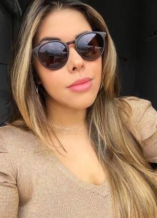 Óculos feminino marrom pequeno - proteção uv