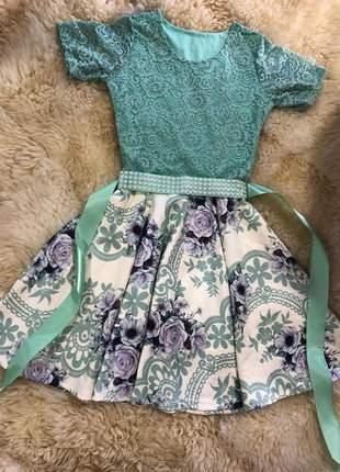 Vestido boneca curto