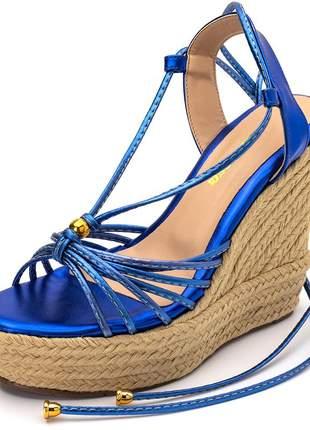 Sandália anabela tiras finas azul metalico amarrar na perna