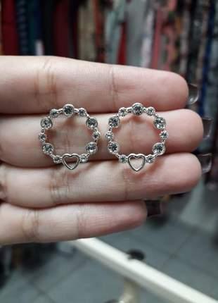 Brinco argolinha coração em prata