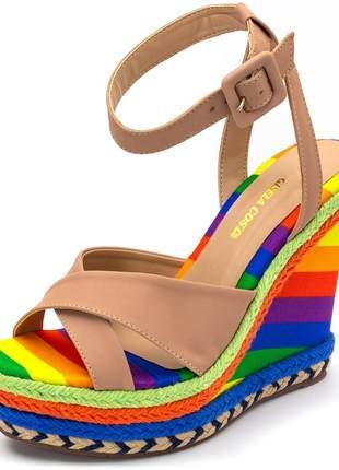 Sandália anabela nude salto plataforma tecido colorido corda
