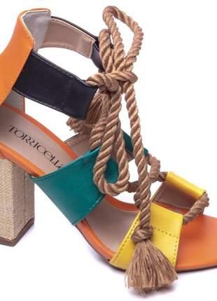 Sandálias femininas colorida  de amarrar