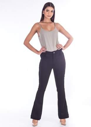 Calça sisal jeans bootcut de neopreme preta