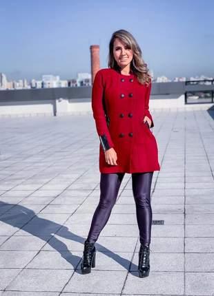 Lindo casaco de mousse com detalhes em couro