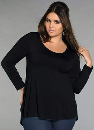 Blusa ampla decote redondo plus size