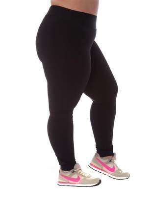 Legging plus size básica em poliamida