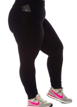 Legging plus size fitness com bolsos
