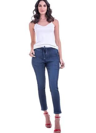 Calça bloom jeans jogger com bolso utilitário e elástico na cintura