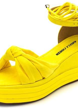 Sandália feminina salto médio amarelo amarrar na perna