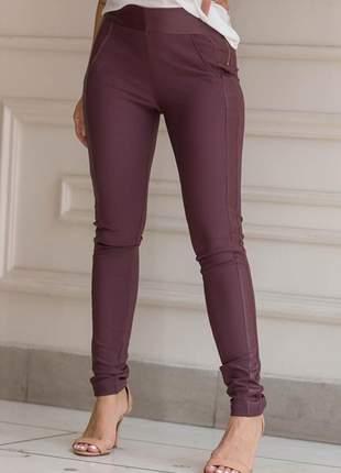 Calça legging montaria com courino na lareral