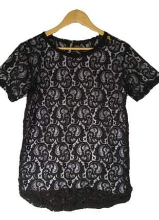 Camiseta oversized transparente renda preta manga curta unissex