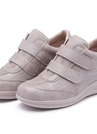 Tênis sapatênis feminino bege ortopédico para senhoras ou pés com calos sensíveis