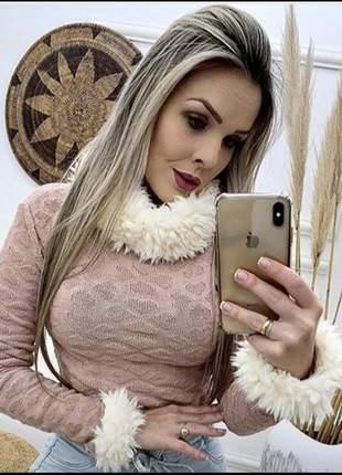 Cropped tricot com pelinho