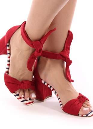 Sandália salto grosso de amarrar vermelha
