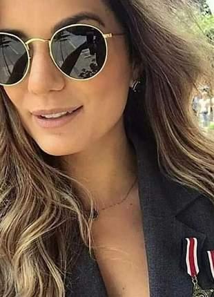 Óculos de sol feminino redondo dourado lente preta com case