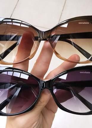Óculos de sol máscara 2 cores disponíveis.