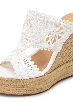 Sandália anabela plataforma tamanco de renda branca corda