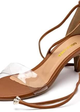 Sandália social marrom salto baixo fino transparente amarrar na perna