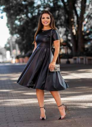 Vestido midi godê courino black moda evangélica