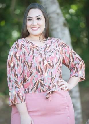 Blusa plus size estampada com amarração