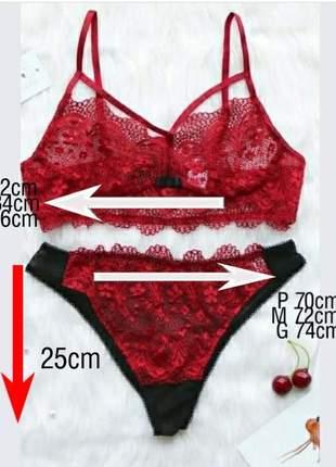 Conjunto de lingerie vermelha e preta