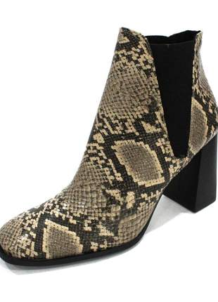 Bota dalí shoes cano curto e salto grosso animal print cobra bege