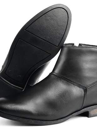 Bota cano curto luxo social em couro sapatofran rasteira preto