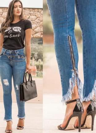Calça jeans dardak fashion detalhe na barra com ziper