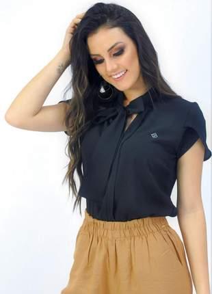 Camisa chemizz laço na gola manga curta preta
