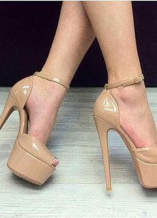 Sapatos femininos peep toe  plataforma nude