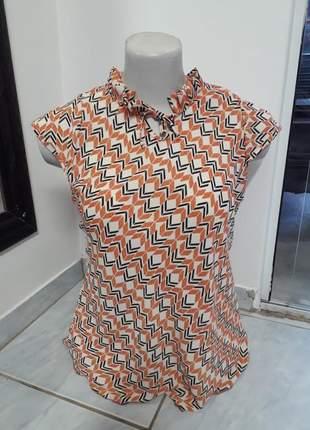 Blusa com decote pregueado de manga plus size comportada moda evangélica