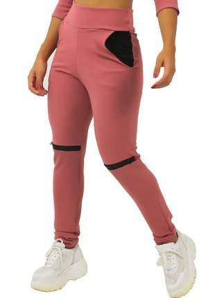 Calça feminina detalhe ziper joelho e bolso rosê