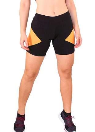 Short fitness feminino preto com detalhe amarelo