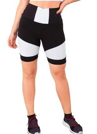 Short fitness feminino preto com detalhe cintura branco