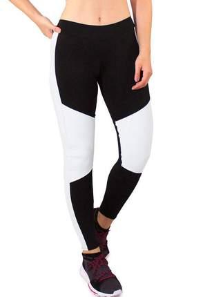 Calça legging fitness feminina preto detalhes e faixas branco