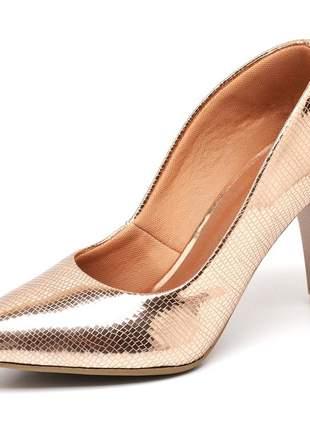 Sapato scarpin salto médio fino metalizado lagarto cobre