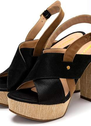 Sandália meia pata salto alto preto com detalhes em juta