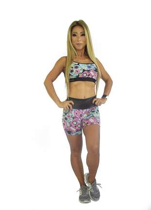 Conjunto de short e top fitness