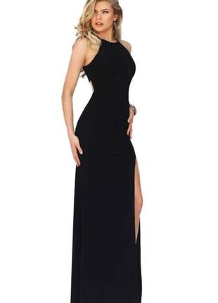 Vestido longo feminino com abertura nas costas