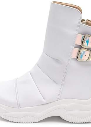 Tênis botinha sneakers chunky botinha cano alto branco detalhe holografico