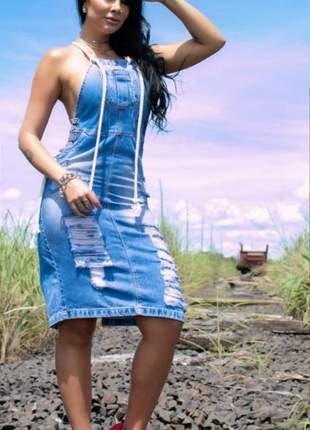 Vestido jardineira jeans destroyed mariah chic