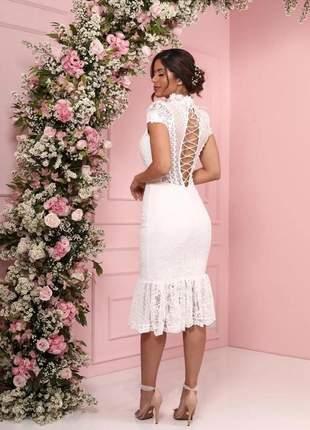Vestido midi branco renda decote doce maria