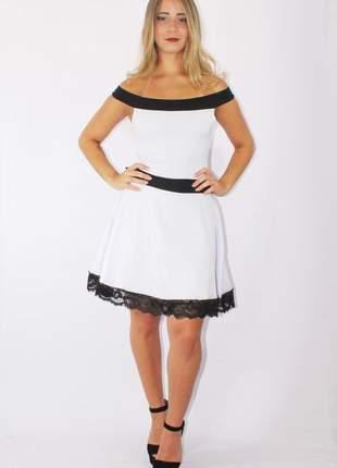 Vestido feminino godê com renda preto e branco