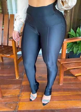 Calça disco modela cintura