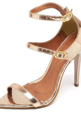 Sandália feminina bico fino salto alto fino metalizado lagarto cobre