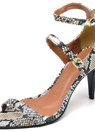 Sandália feminina bico fino salto médio fino em napa serpente